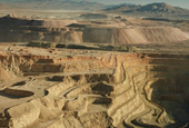Barrick sells 50% of Zaldivar for $1 billion cash