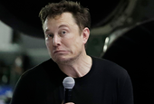 Elon Musk says he's 'somewhat impulsive' and that he doesn't want to adhere to a 'CEO template' (TSL
