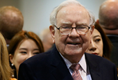 Warren Buffett breaks down the most important lessons he learned from his $1 million bet against hed