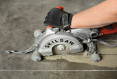 Worm-drive Skilsaw Medusaw redesigned to cut concrete