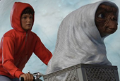Cool Stuff: 'E.T. The Extra-Terrestrial' Statue from Iron Studios Takes to the Skies