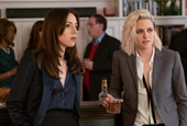 'Happiest Season' Review: Kristen Stewart and Mackenzie Davis in a Christmas Rom-Com That Earns Its