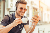 7 Ways Music Makes Your Retail Customers Ready to Buy