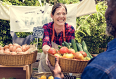 25 Tips for Small Businesses Selling at Farmers Markets