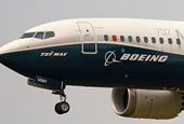 Boeing extends CEO's term, chief financial officer to leave