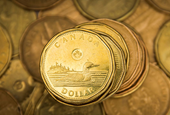 Bank of Canada warns surging loonie could pose risk to economic outlook