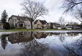 BMO chief executive urges policymakers to watch, but wait, on housing intervention