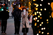 Black Friday blues: One in 7 Canadians say they won't do any holiday shopping this year