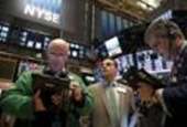 Wall Street rebounds with banks, energy; to snap five-day fall