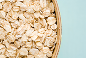Is Oatmeal Healthy? Here's What the Experts Say