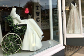 Bridal Shop Draws Praise for Wheelchair Display
