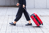 Why your suitcase wobbles and how to stop it, according to physicists