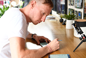 How Samsung Is Helping One Artist Draw His Way Across the Country