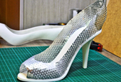 Tool turns flat sheets into 3D shapes like shoes