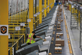Amazon taps Quebec firm to add to electric vehicle fleet