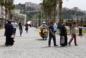 Six Sustainable Transport Solutions that Give Turkey's Historic Center Back to the People