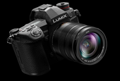 Panasonic G9 offers pro-level features, 20 fps bursts, huge EVF and class-leading image stabilizatio