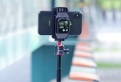 iPhone mount converts an Apple Watch into a live viewfinder for selfies and vlogging