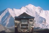 Teck Resources Ltd reports surprise adjusted profit as costs decline