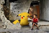 Syrian children hold Pokémon Go photos to say 'come save me'